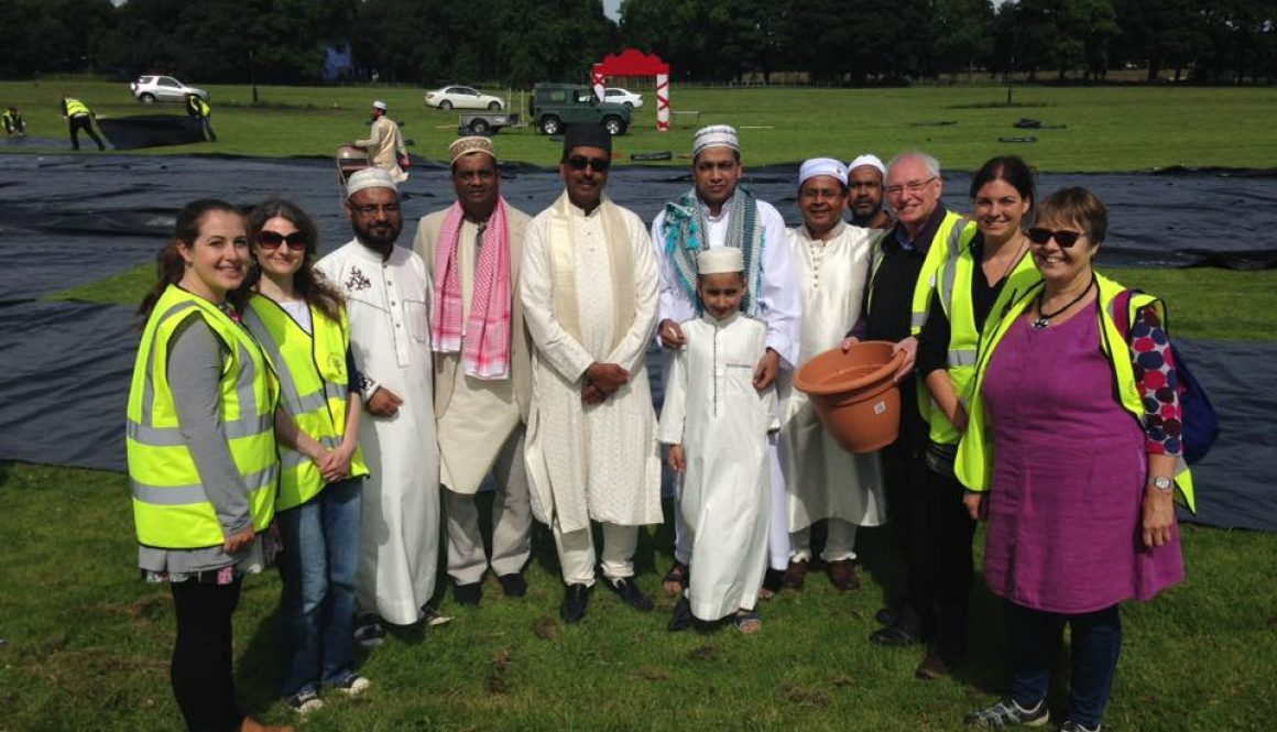 Generous Bangladeshis Help West End Park for Eid