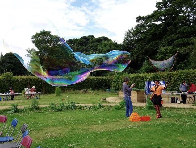 CICnic 2016 bubbles